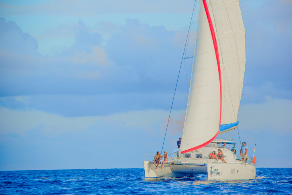 Sailing and snorkeling experience to Isla Mujeres from Cancun & Riviera maya