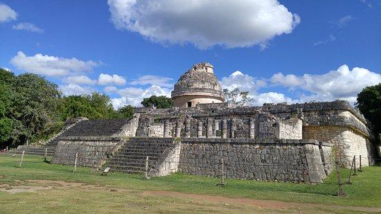 El Caracol: tesoro escondido de Chichén Itzá