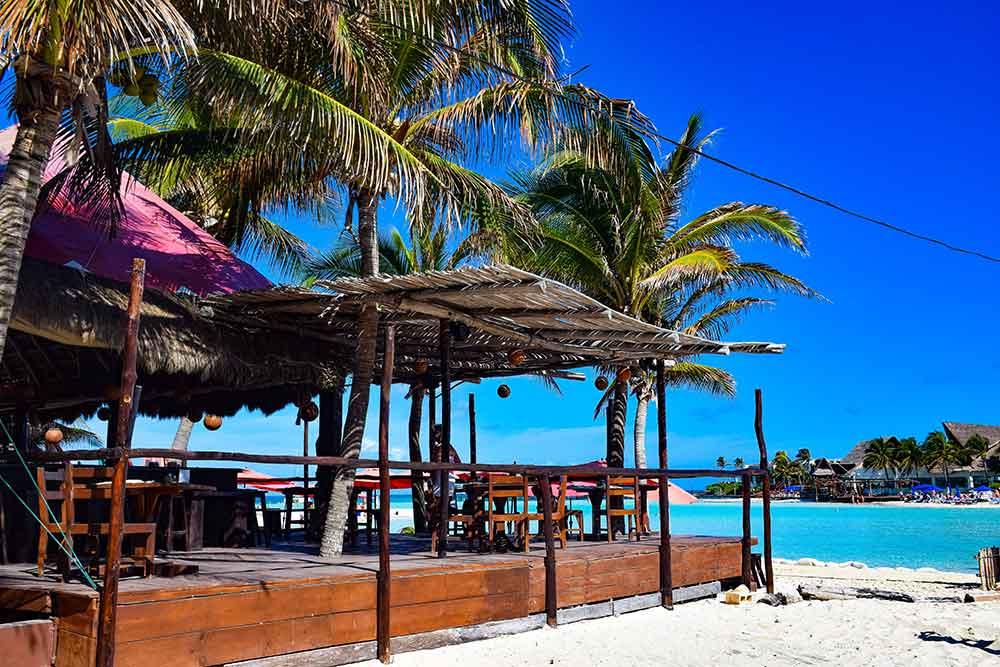 Isla Mujeres beach bar