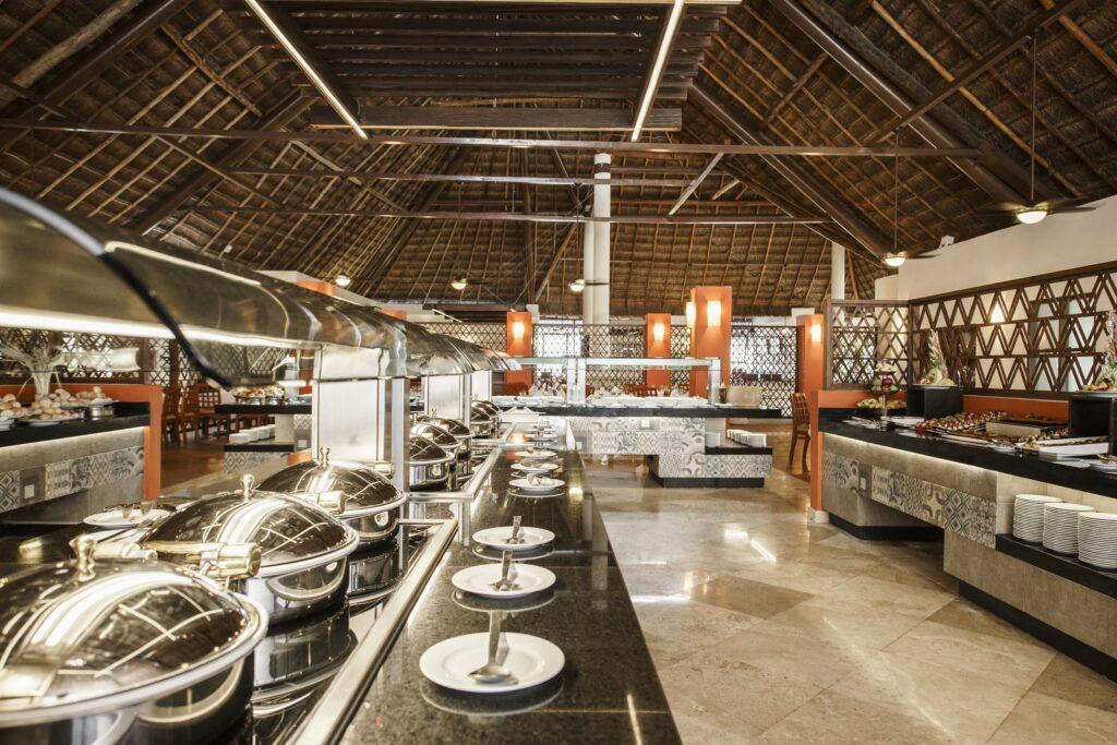 Allegro Playacar buffet