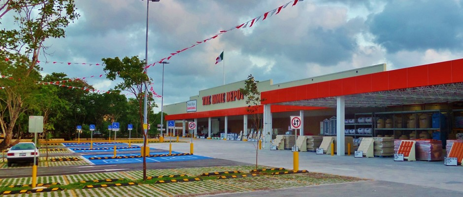 Home Depot in Playa del Carmen Mexico